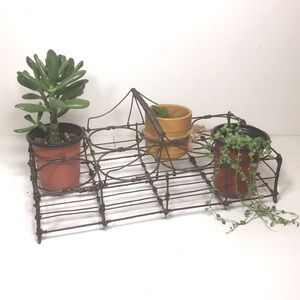 Home Decor wired stand for plants/vases Boho cool